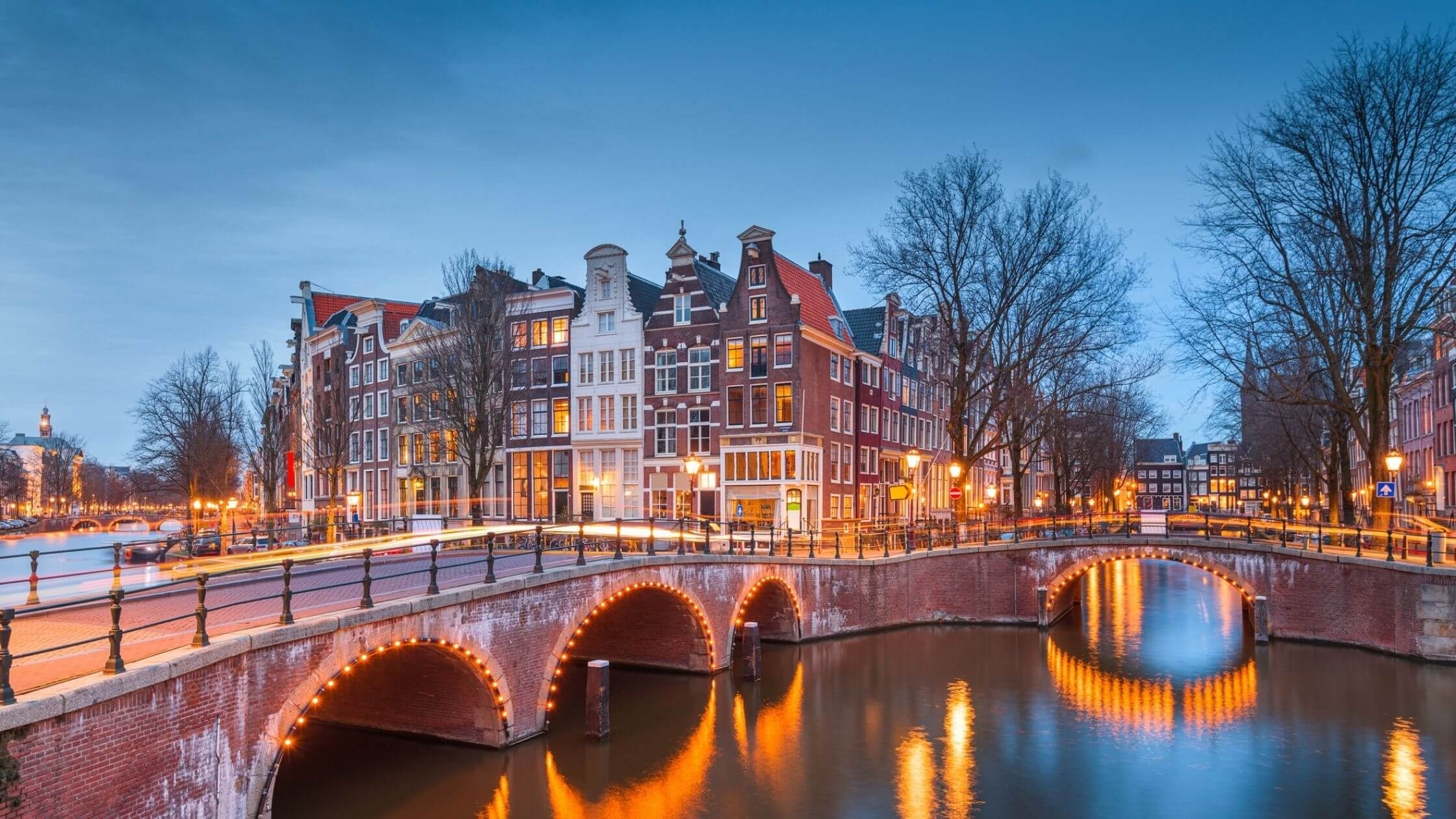 Top Reasons to Choose Data Center Colocation in Amsterdam